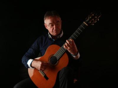 Rhisiart Arwel Classical Guitar