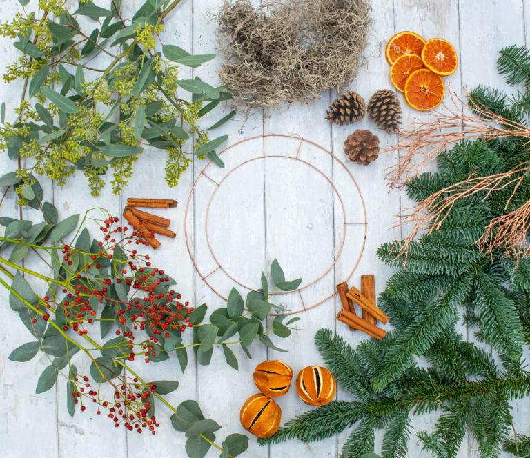 Promo image: Dried Everlasting Wreath Workshop